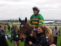 Defi Du Seuil favoritem Champion Chase